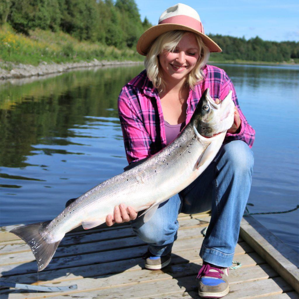 Storöya gård og Fiske on idyllinen kalastuskohde Overhallassa
